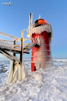 South Haven Lighhouse on a cold winter morning