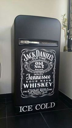 Frigo ancien frigidaire vintage fridge Harley davidson knuckelhead forty eight custom jack daniel's https://www.facebook.com/stebby.workshop