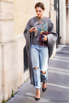 Sofia-Sanchez Barrenechea, jeans in Paris, Paris Fashion Week Fall 2014, skinny, light blue or white, boyfriend and distressed