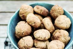 Ciasteczka keto z cynamonem Low Carb Recipes, Dog Food Recipes, Food And Drink, Sweets, Cookies, Desserts, Low Carb, Crack Crackers, Tailgate Desserts