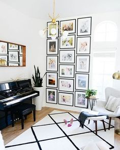 So excited to see @shaycochrane's home tour on @theeverygirl_. We've been dying to share this music room gallery wall! You guys like this floor-to-ceiling look, right? Thought so. ✨✨ 📷: @honeylakestudio | Design: @mandychengdesign  #framebridge #regram