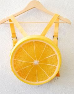 I love this bag I want one! Kawaii Plastic Fruit Yellow Lemon by AfterDarkVintage Harajuku, Mini Mochila, Mode Kawaii, Tee T Shirt, Cute Bags, Mellow Yellow, Kawaii Fashion, Visual Kei, Steam Punk