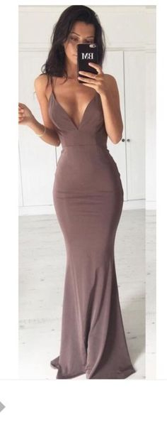 I want to have this body.. and dress... but mainly the body. Lol