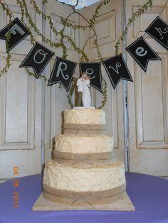 burlap wedding cakes | Rustic Burlap Wedding Cake