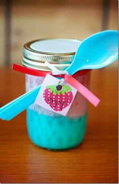 cake in a jar for Stella's birthday