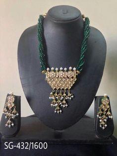Green emerald Emerald Green, Jewellery, Fashion, Jewelery, Moda, La Mode, Jewlery, Fasion, Fashion Models