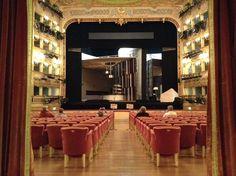 """Mozart, """"Così fan tutte"""" in rehearsal"""