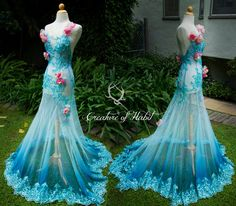 'Tropics' gown by Vanessa: Lace & organza