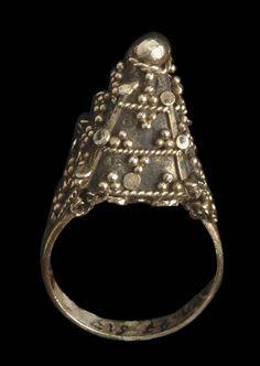 Indonesia ~ Small Sunda Island region   Ring worn by the Manggarai people from Flores in Nusa Tenggara Timur province.