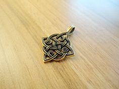 "Сeltic square, irish knot pendant, celtic necklace, celtic #charm, lord of the rings, celtic weave, elven pendant  Length of irish tracery druid charm is approx 1 1/2"" (3,9 ... #handmade #etsy #castbrass #brasspendant #fairyinwoods"
