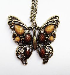Beautiful Brown Butterfly Necklace £4.50