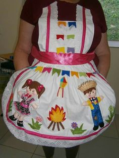 Avental Junino Country Dresses, Prado, Camilla, Aprons, Hillbilly Party, Manualidades, Dressmaking, Costume, Cooking
