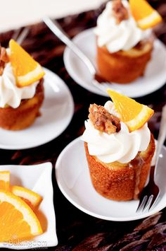 ORANGE Cupcakes with Brown Sugar Walnut Glaze and Cream Cheese Frosting #cupcakerecipes #baking http://thecupcakedailyblog.com/orange-cupcakes-with-brown-sugar-walnut-glaze/