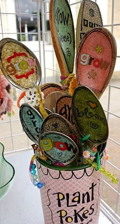 plant pokes-so cute! use to label plants in the garden or in pots, dollar store spoons and outdoor mod podge.