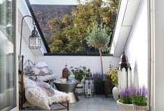 kleiner balkon dekorieren als kleines wohnzimmer draußen