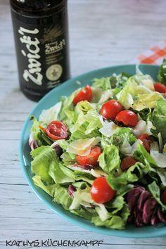 Gemischter Salat mit Bier-Dressing - Kathys Küchenkampf