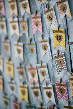 Escort Cards Rustic Escort Cards Wedding Escort by reynawedding.  Custom colors available!
