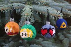 Ravelry: Legend of Zelda Christmas Tree Ornaments pattern by Becca de Kroon Crochet Christmas Decorations, Crochet Ornaments, Holiday Crochet, Christmas Tree Ornaments, Christmas Crafts, Christmas Christmas, Christmas Ideas, Xmas, Crochet Wool