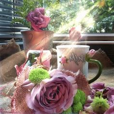 Some Spring beauty to brighten your day 💐💛💚💜🤍 Morning Coffee Images, Good Morning Beautiful Images, Cute Good Morning Quotes, Good Morning Coffee, Good Morning Good Night, Good Morning Romantic, Beautiful Fantasy Art, Beautiful Gif, Beautiful Roses