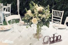 www.kamalion.com.mx - Centros de Mesa / Centerpiece / Wedding / Blanco & Verde / Green & White / Vintage / Rustic Decor / metal / Número de Mesa / Table Number / Brown.