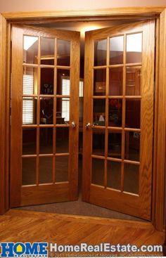 french doors to the patio New Door Design, Sliding Door Design, Window Grill Design, Bedroom Door Design, Home Stairs Design, Home Interior Design, House Design, Wooden Window Design, Wooden Glass Door