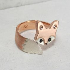 Wrap Around Baby Fox Ring by WeldedHeart on Etsy Baby Jewelry, Cute Jewelry, Unique Jewelry, Jewelry Accessories, Jewelry Design, Fox Jewelry, Diamond Anniversary Rings, Diamond Wedding Rings, Baby Schmuck