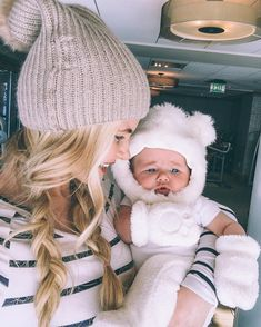 Must follow fabulous mamas on instagram -- @amberfillerup mom style, cute babies and adorable family pics that give you all the feels