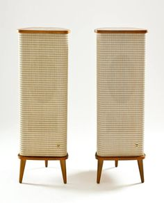 This thread is for anything from the late to the early French TV/turntable design from 1958 One of a kind audio set from the Subwoofer Box Design, Speaker Box Design, Radios, Vintage Stereo Console, Japanese Home Design, Bedroom Closet Design, Audio Room, Audio Design, Home Theater Rooms