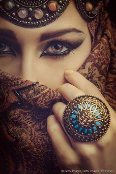 Maquillage oriental : Comment faire un maquillage libanais ? Tuto et conseils