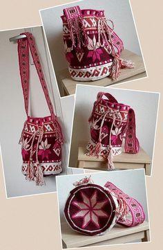 . Crochet Mandala, Filet Crochet, Knit Crochet, Tapestry Bag, Tapestry Crochet, Crochet Purses, Crochet Bags, Hello Kitty Crochet, Ethnic Bag