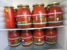 Σπιτική πεντανόστιμη σάλτσα για όλα τα φαγητά !!! ~ ΜΑΓΕΙΡΙΚΗ ΚΑΙ ΣΥΝΤΑΓΕΣ Hot Sauce Bottles, Preserves, Pickles, Salsa, Dips, Cooking Recipes, Food And Drink, Salsa Music, Sauces