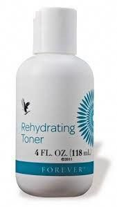 Rehydrating Toner removes grease & debrant, firms the skin & tightens the pores. Contains Aloe Vera, witch hazel, plant extracts and collagen. Gel Aloe, Aloe Vera Gel, Witch Hazel Face, Dark Spot Remover For Face, Aloe Vera Skin Care, Natural Aloe Vera, Forever Aloe, Alcohol Free Toner, Exfoliant