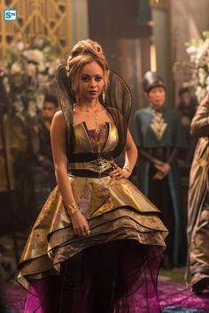 'The Shannara Chronicles' & Photos: Wilderun & Blood - Vanessa Morgan, Shannara Chronicles Season 2, The Shanara Chronicles, Trevor Stines, Fashion Show Games, My Babysitter's A Vampire, Poppy Drayton, Apocalyptic Fashion, Riverdale Cast