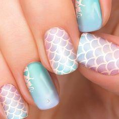 Nail Art Disney, Disney Acrylic Nails, Disney Princess Nails, Simple Disney Nails, Nail Art Designs, Girls Nail Designs, Princess Nail Designs, Accent Nail Designs, Nails For Kids