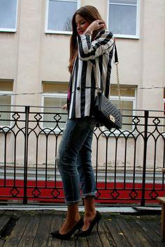 street style, striped blazer, heels