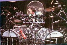 This thread is for discussion of the unusual bass drums that Alex Van Halen uses in his live set ups. Please limit subject matter to AVH and his bass drums. I am sure there is another thread dedicated to the rest of his kit. Alex Van Halen, Eddie Van Halen, Dope Music, Indie Music, Saxophone Instrument, Ludwig Drums, Dave Grohl, Drummer Boy, Thing 1