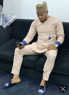 African men wear African suit Traditional Mens Wear Mens Dashiki African Ankara mens suit African clothing for men mens dress African Wear Styles For Men, African Shirts For Men, African Dresses Men, African Attire For Men, African Clothing For Men, African Clothes, African Suits, Nigerian Men Fashion, African Men Fashion