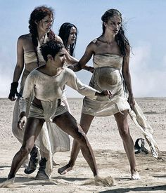 14 Unknown Facts About 'Mad Max: Fury Road' Mad Max Fury Road, Charlize Theron, Mad Max Costume, Imperator Furiosa, Post Apocalypse, Rosie Huntington Whiteley, Techno, Videos, Images