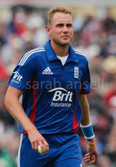 stuart broad England Cricket Team, Stuart Broad, Sport Inspiration, Sports Stars, Future Husband, Sexy Men, Mens Tops, Life, Man Candy Monday