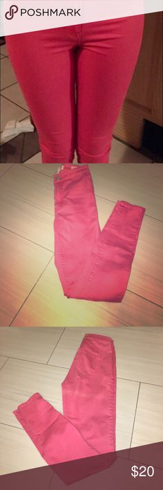 BEST Skinny jeans bullhead uber high rise skinnys Hugs th body like a glove with no  belt loops, almost like leggings, but still jeans. A dull hot pink color. Only worn once. Bullhead Jeans Skinny