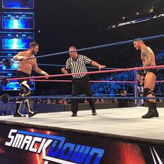 wwe The #WWE Universe is about to find out which one of these men will join the #SDLive #SurvivorSeries team! #UnderSiege @samizayn @randyorton 2017/10/25 10:47:15