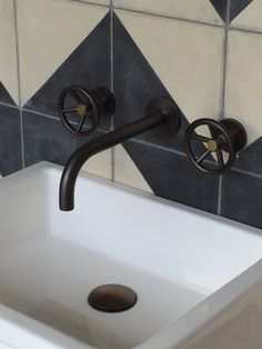 COCOON black bathroom taps inspiration   modern bathroom inspiration bycocoon.com   stainless steel   bathroom design and renovation   minimalist design products for your bathroom and kitchen   villa and hotel projects   Dutch Designer Brand COCOON   Brooklyn BRO04 in Gun Metal & Aged Brass Exclusive to Bert & May