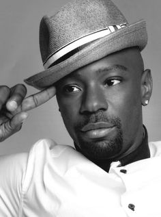 Nelsan Ellis - Lafayette Reynolds is the very best part of True Blood. Also, damn, is he pretty. <3 His almond shaped eyes!