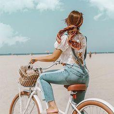 Summer denim outfit - Emily Vartanian rides cute beach cruiser bike on Venice beach styled ponytail with silk scarf Saint John, Royal Caribbean, Bike Photography, Photography Training, Canon Photography, Photography Projects, Bike Photoshoot, Photoshoot Vintage, Bike Logo