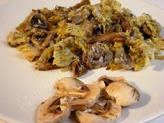 Mushroom Scrambled Eggs - Recipe - Looking for a great idea to start your day? Mushroom Scrambled Eggs are a simple and delicious meal for either breakfast or brunch.  A quick recipe for a yummy alternative to a classic staple food. Nutritious and fulfilling!