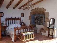 Little things: spanish style bedroom