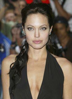 Vida y Salud » Los senos más famosos del mundo: Los que Angelina Jolie se extirpó