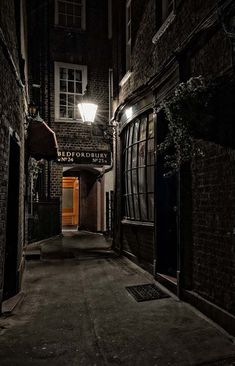 Goodwin's Court, Covent Garden, London, said to be one of the inspirations for Harry Potter, Victorian London, Victorian Street, Next London, Old London, London Pubs, Harry Potter, London Night, London Attractions, Gas Lights