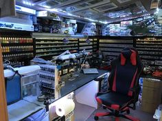 Post with 3119 votes and 151522 views. My modelling man cave Hobby Desk, Hobby Room, Hobby Shops Near Me, Maker Shop, Studio Organization, Man Cave Home Bar, Shop Layout, Man Room, Home Office Design