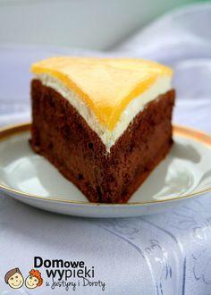 Tort z musem czekoladowym z mango (Chocolate cake with mango)